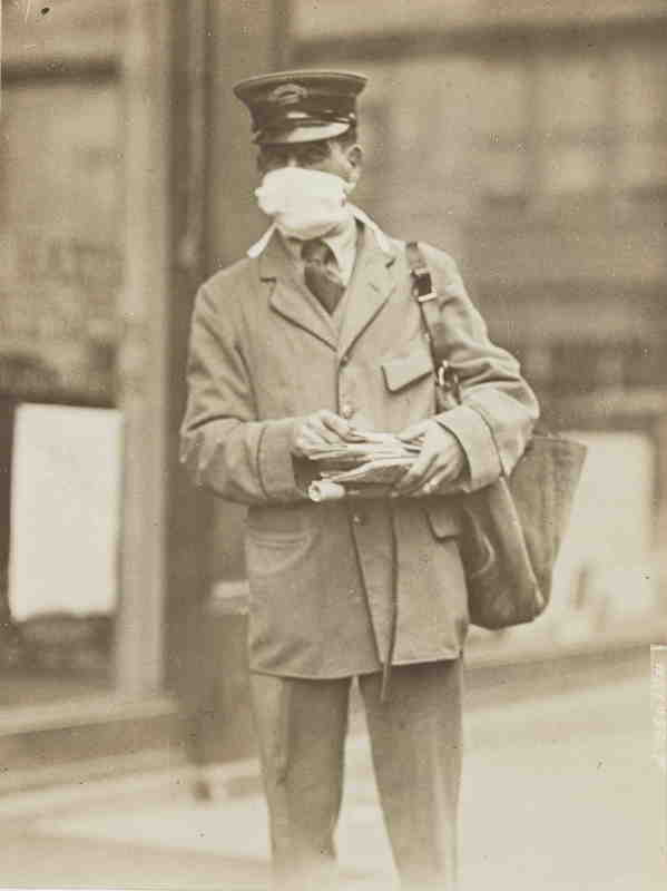 A letter carrier in New York